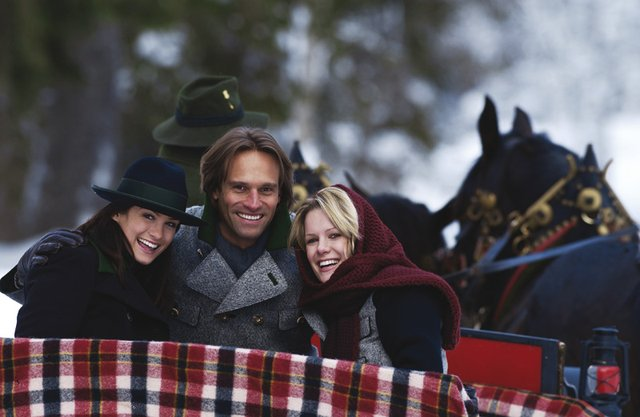Horse-drawn sleigh rides – for holidaymakers seeking fun leisure activities!